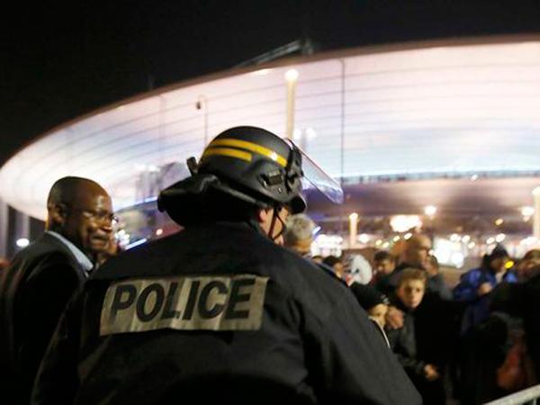 Seorang Petugas Keamanan Muslim Berhasil Cegah Ledakan di Tribun Stadion Pertandingan Prancis-Jerman