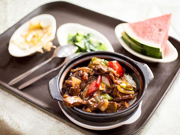 Terapkan Pola Makan Empat Kali Sehari Selama Puasa Bisa Buat Berat Badan Ideal