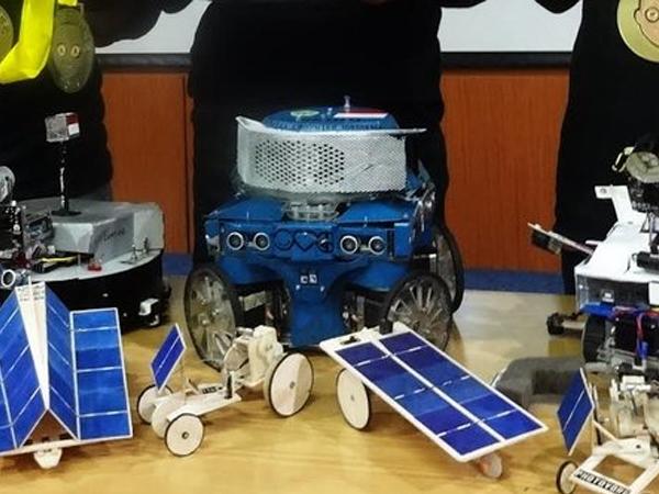 Bangga, Robot Ciptaan Mahasiswa Unikom Bandung Raih Medali Emas di Amerika
