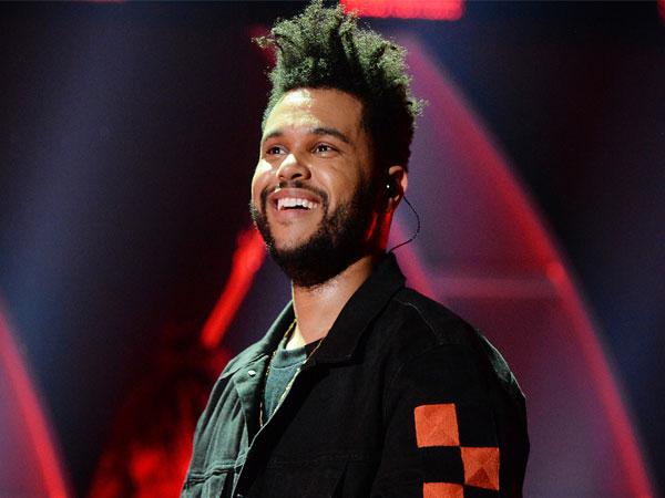 Dianggap Rasis, The Weeknd Putus Kerjasama Dengan H&M