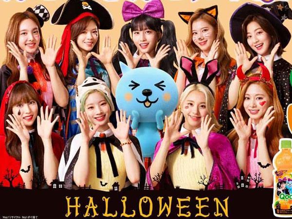 TWICE Tampil Menawan Dengan Kostum Halloween di Iklan 'Qoo' Coca-Cola