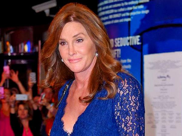 Caitlyn Jenner Jadi Transgender yang Terima Penghargaan Sebagai Wanita Paling Berpengaruh!