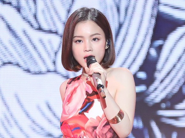 Lee Hi Jadi Special Guest Star Super K-Pop Festival Indonesia 2019