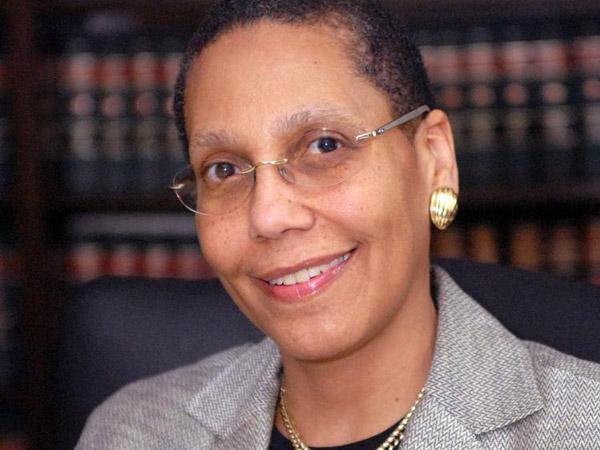 Hilang Sejak Pagi, Hakim Perempuan Muslim Pertama AS Ditemukan Tak Bernyawa di Sungai