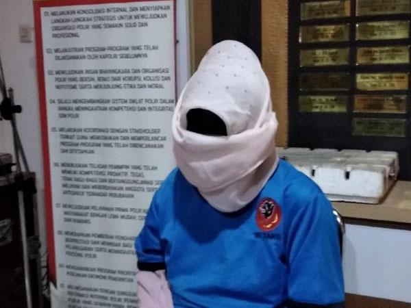 Teganya Istri Sewa Pembunuh Bayaran Habisi dan Bakar Suami-Anak Tiri di Sukabumi: Ratusan Juta!