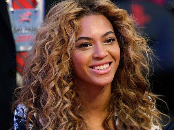Beyonce Pamer Bentuk Badan Setelah Tiga Bulan Melahirkan, Makin Seksi!
