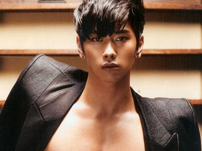 Rayakan Debut Akting Chansung 2PM, Fans Sumbang Beras