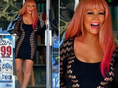 Christina Aguilera Tampil Seksi demi Lagu Your Body