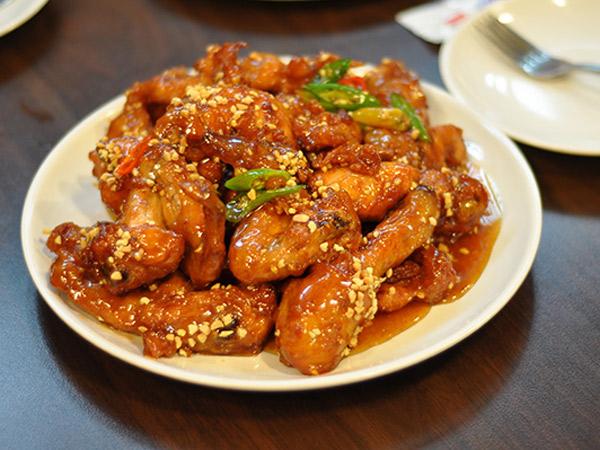 Yuk Coba Resep Ayam Goreng Terkenal A la Korea Selatan Ini