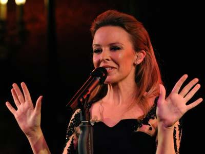 Kylie Minogue Alergi Pernikahan