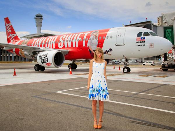 AirAsia Pernah Jadi Pesawat Resmi Tur Dunia Taylor Swift di Asia