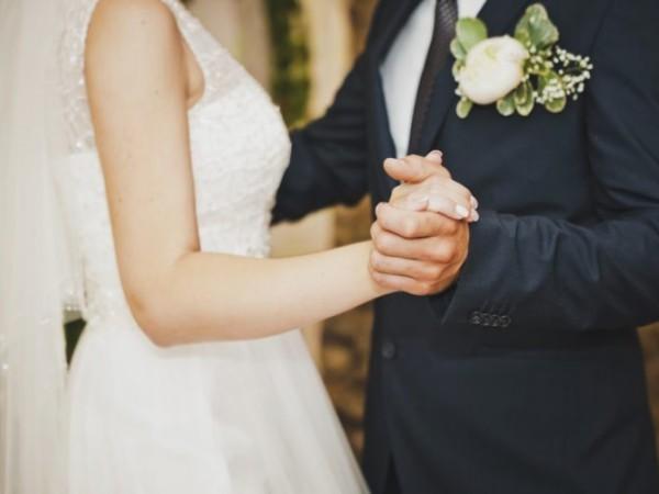 Menawan! Inilah 4 Gaun Pernikahan Artis Yang Menikah di Tahun 2019