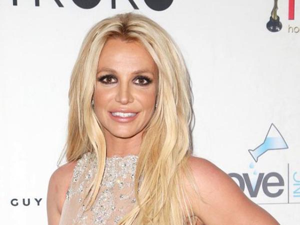 Britney Spears Ungkap Teori Konspirasi tentang Dirinya