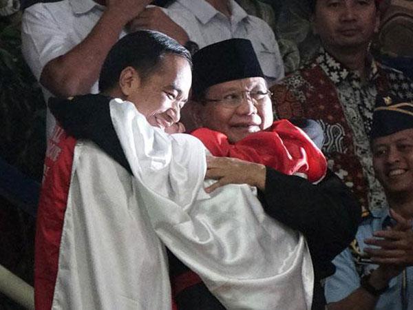 MK Ingin Ada Momen Pelukan di Sidang Putusan, Jadi Kapan Prabowo Kembali dari Jerman?