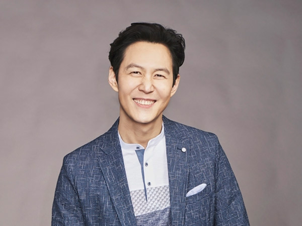 Aktor Lee Jung Jae Dikabarkan Siap Comeback Drama Setelah 10 Tahun Absen