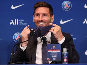 Detail Gaji Fantastis Messi di PSG, Bisa Buat 'Jajan' Alphard Tiap Hari?