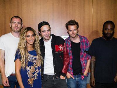 Beyonce Diam-Diam Hangout Bareng Robert Pattinson