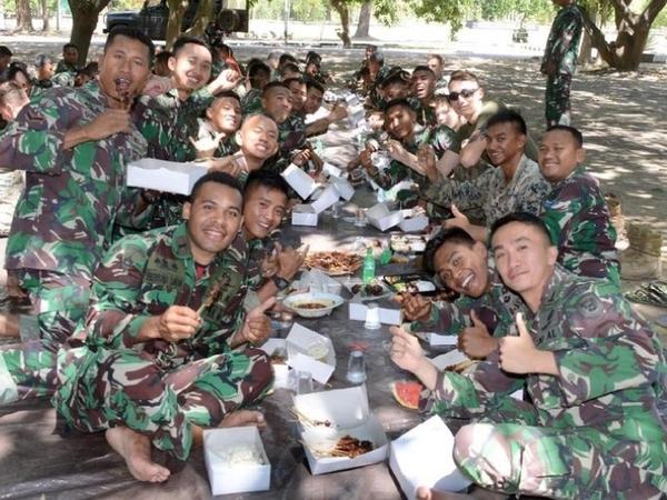 Manisnya Para Marinir Indonesia Kenalkan Idul Adha Pada Tentara Amerika