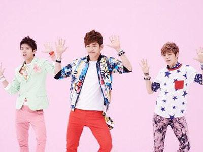 Demi Sepotong Daging, Hoya, Dongwoo, dan Woohyun Infinite Mau Pamer Abs!