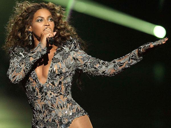 Hamil Anak Kembar, Beyonce Knowles Batal Tampil di Festival Coachella 2017?