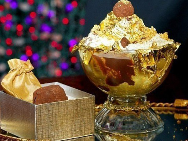 Meriahkan Euforia OSCAR, Restoran Ini Rilis Minuman Cokelat Lapis Emas Berharga Fantastis