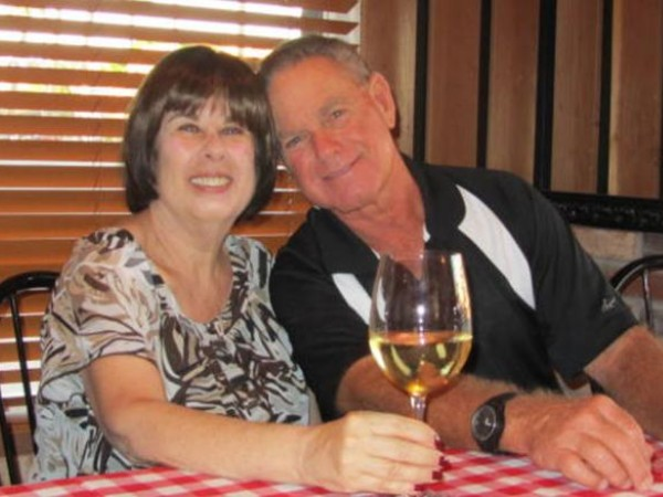 Kisah Pasangan Sehidup Semati Meninggal Beda Enam Menit Akibat Corona