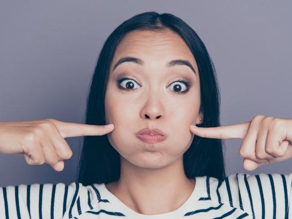Hilangkan Lemak di Wajah dengan 7 Cara Alami Ini