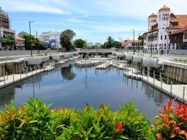 Kali Besar di Kota Tua yang Berhasil Disulap Jadi Lokasi 'Instagram-able'