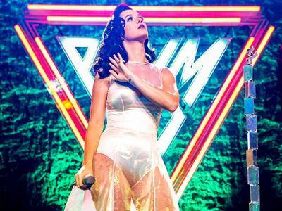 Wah, Ternyata Ada Unsur 'Berbahaya' di CD Album 'Prism' Katy Perry!