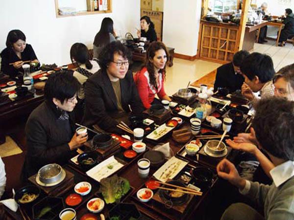 Intip Sederat Hidangan Korea yang Favorit di Musim Panas (Part 1)