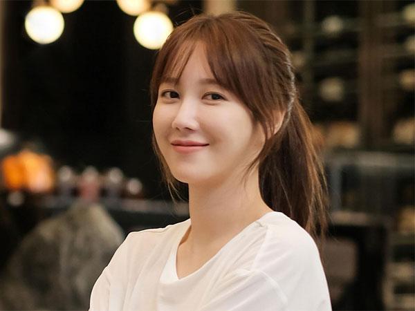 Bintang Drama 'The Penthouse' Lee Ji Ah Donasi untuk Siswa Terdampak COVID-19