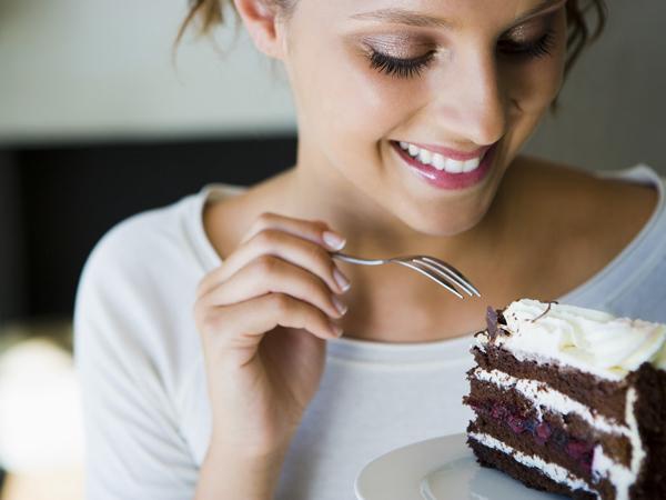 Tak Hanya Diabetes, Makanan Manis Juga Buat Kulit Keriput dan Berjerawat!