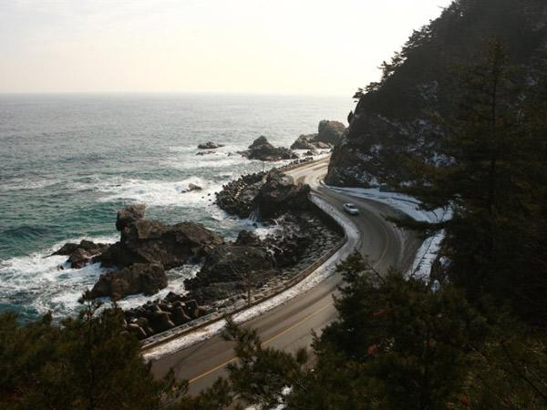 Yuk Road Trip ke 4 Lokasi Wisata Alam Menarik Ini