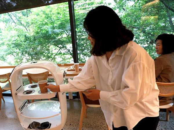 Nongkrong New Normal, Kafe Korea Selatan Memakai Robot Barista