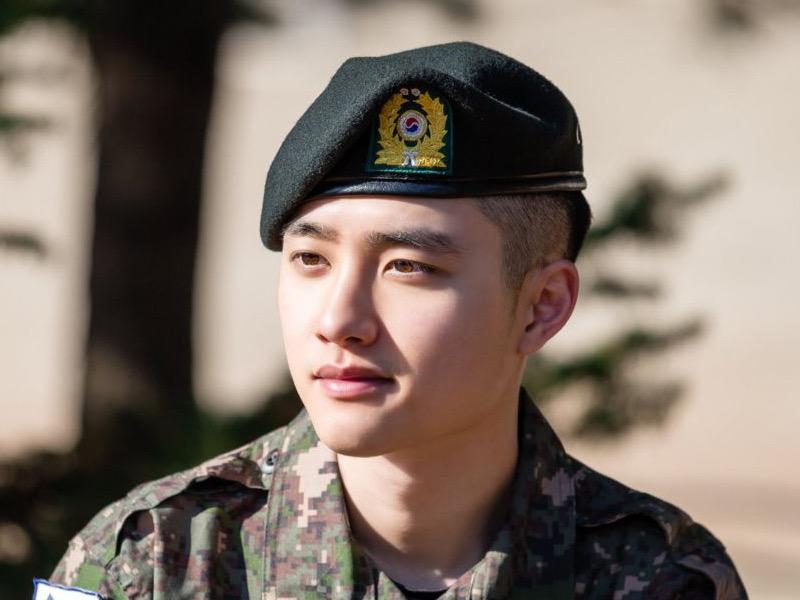 D.O EXO Habiskan Cuti Terakhir Militer, Bebas Wamil Sebulan Lagi