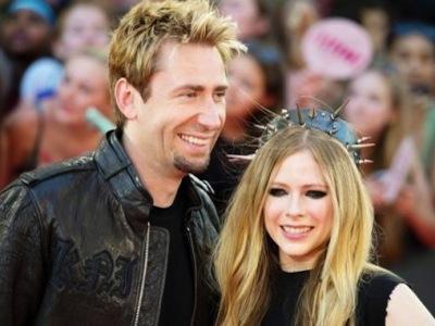 Setelah 4 Bulan Menikah Avril Lavigne Masih Belum Ingin Jadi Seorang Ibu