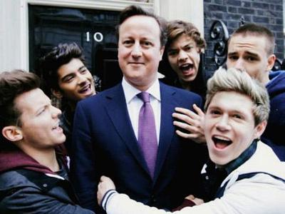 Garap Video Klip Amal, One Direction Gaet Perdana Manteri Inggris David Cameron!