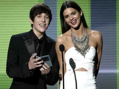 Wah, Austin Mahone Ingin Lakukan Kencan Impian Dengan Kendall Jenner!