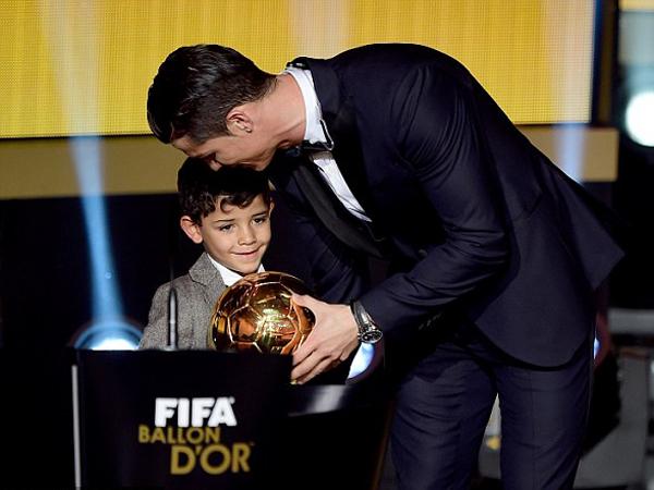 Cristiano Ronaldo Larang Putranya untuk Jadi Penjaga Gawang?
