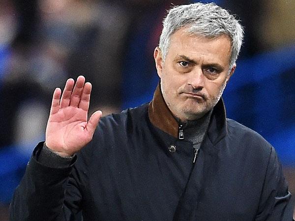Duh, Tiga Pemain Ini Akan Didepak Jose Mourinho dari Manchester United