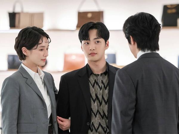 Park Gyu Young dan Kim Min Jae Pura-pura Mesra Bikin Kwon Yool Gelisah