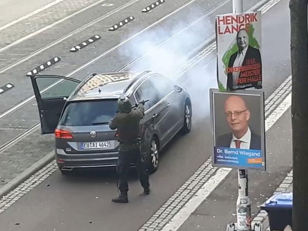 Momen Penembakan Tempat Ibadah Yahudi di Jerman yang Sempat Tersiar Secara Live Streaming