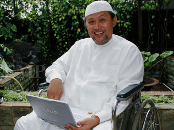 Keluhkan Sesak Napas, Komedian Senior Pepeng Tutup Usia