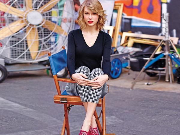 Berhati Malaikat, Diam-diam Taylor Swift Donasi Ratusan Juta Untuk Relawan Pemadam Kebakaran