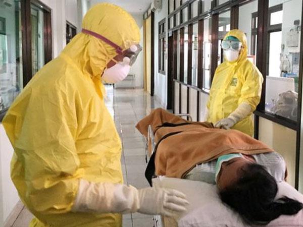 Kamu Perlu Tahu Cara Memandikan dan Menguburkan Jenazah Korban Virus Corona