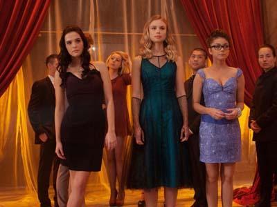Siap Bertemu Penghisap Darah di 'Vampire Academy'?