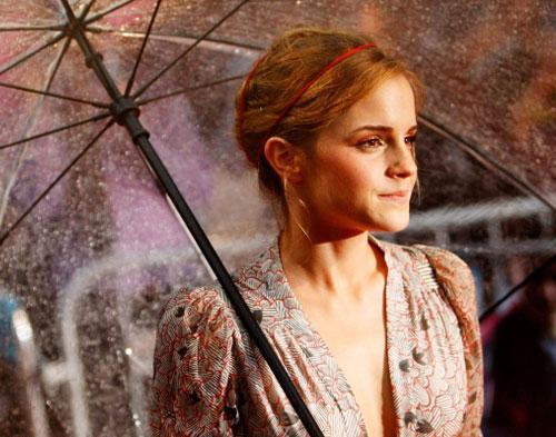 Emma Watson Tampil Bareng dengan Pencuri