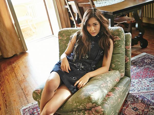 Dua Tahun Pasca Cyber Bullying Dari Fans 'Fanatik' G-Dragon, Krystal f(x) Kembali ke Instagram