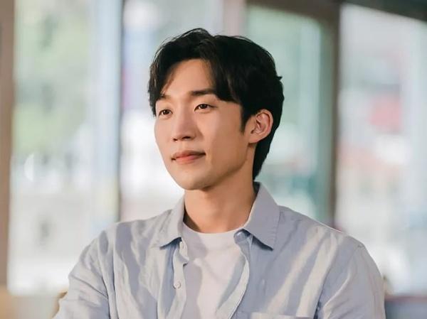 Profil Lee Sang Yi, Pemeran Ji Sung Hyun di Drama 'Hometown Cha Cha Cha'