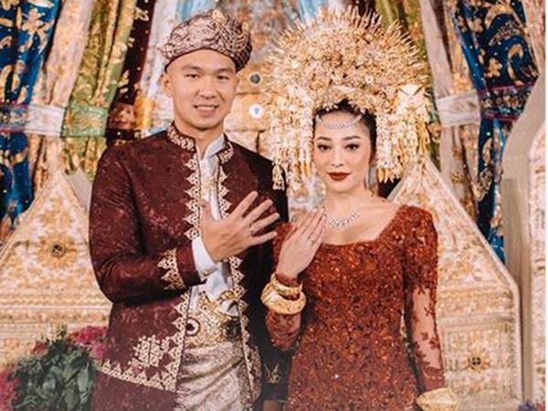 Nikita Willy dan Indra Priawan Resmi Menikah